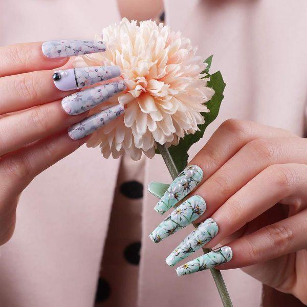 Set de Stickers Nail Art à Fleurs Exemple
